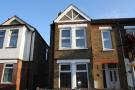 Flat to rent in Cumberland Road, W7