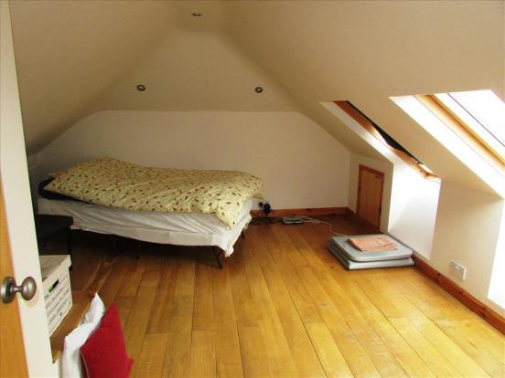 BEDROOM 2 (FIRST FLOOR)