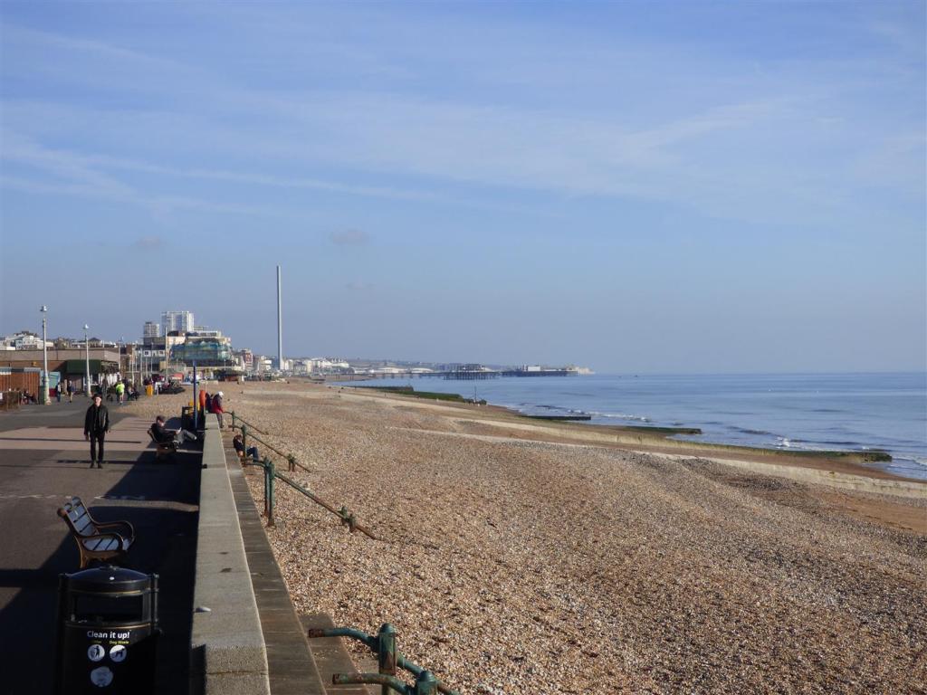 Promenade view East