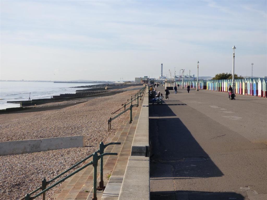Promenade view West