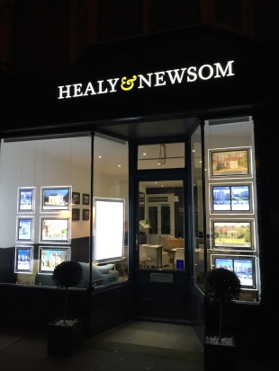 Healy & Newsom, Hovebranch details