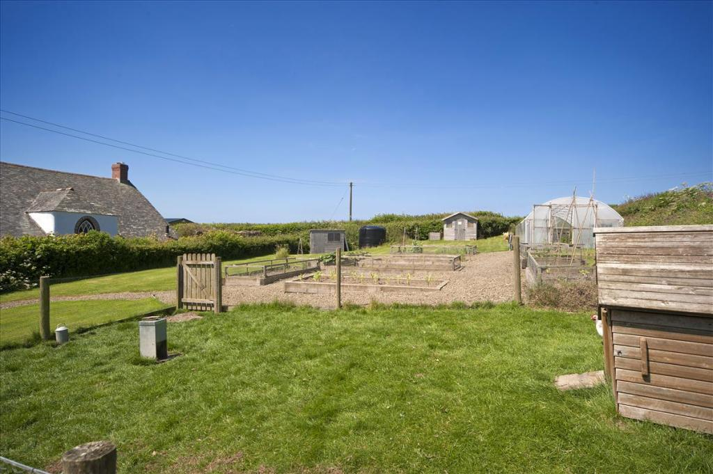Bude Commercial Property For Sale