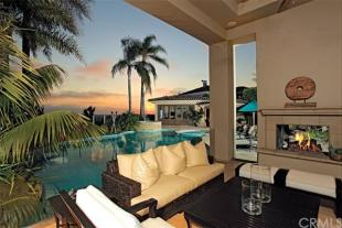 6 bedroom home in California...