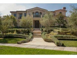 6 bed property in California...