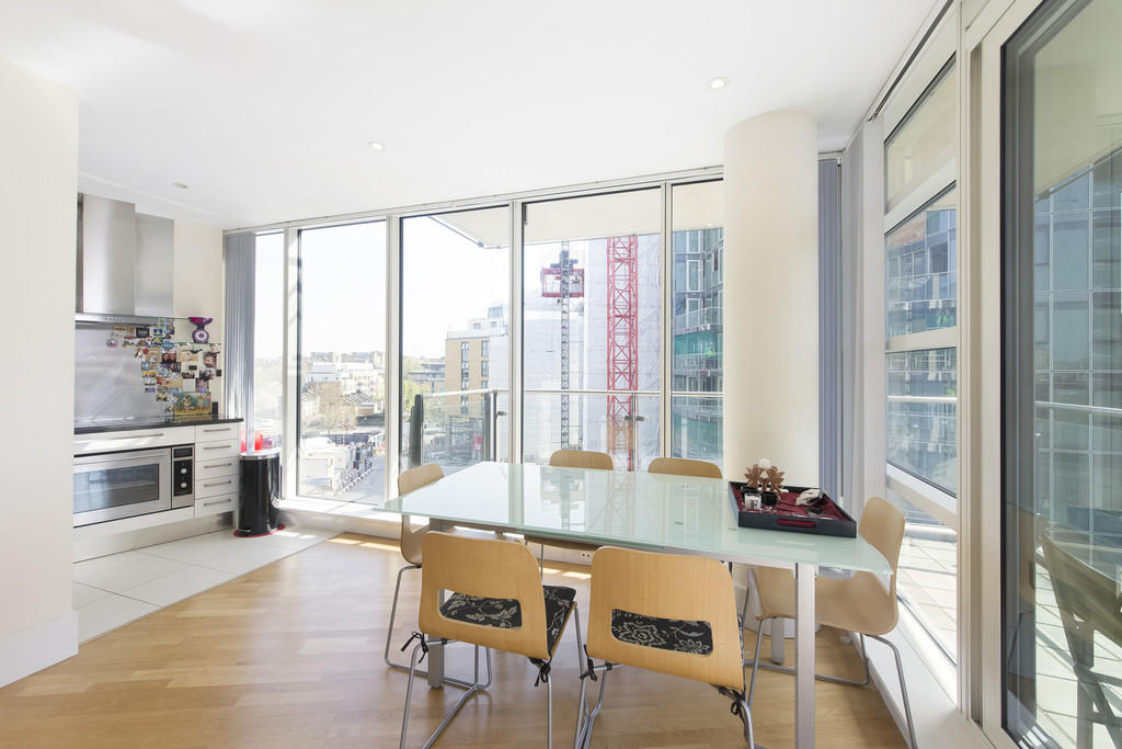 bedroom apartment to rent in baltimore house battersea reach sw18