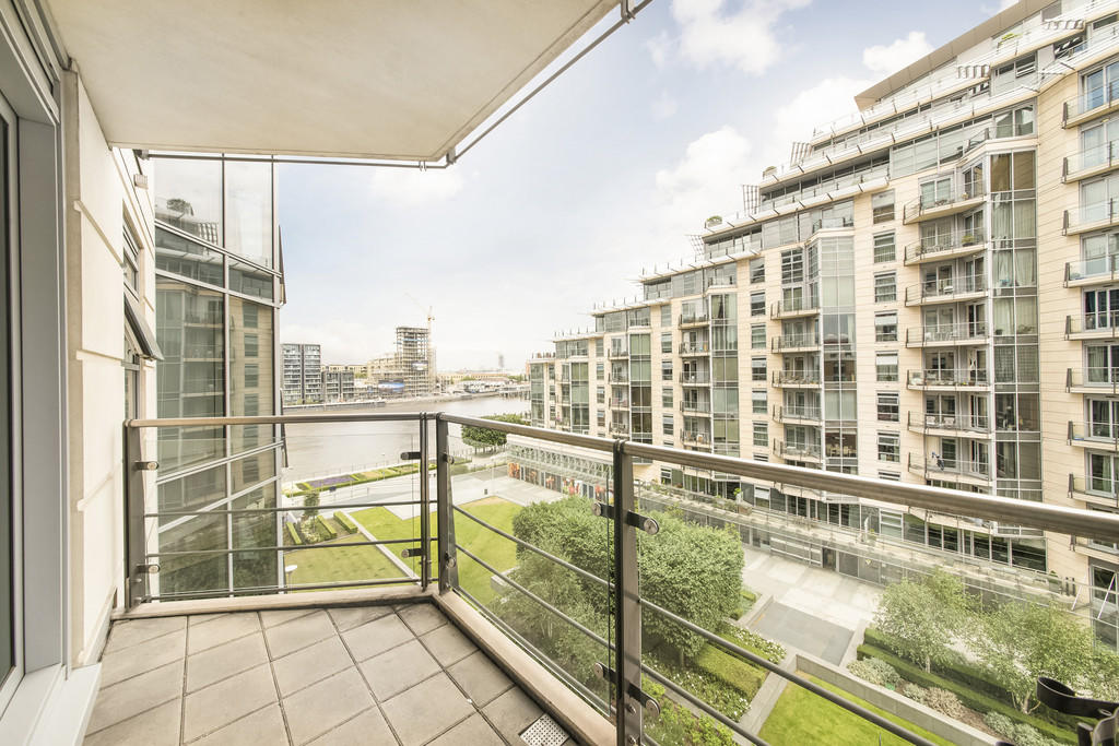 2 Bedroom Apartment To Rent In Baltimore House Battersea Reach Sw18