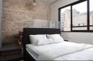 3 bed Flat in Tel Aviv-Yafo, Tel Aviv