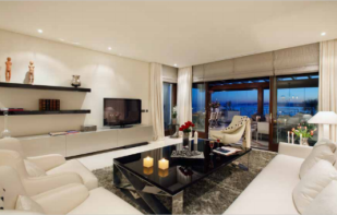 new Apartment for sale in Estepona, M�laga...