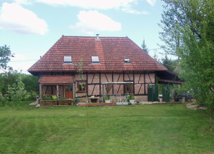 4 bed Detached house for sale in Burgundy, Saône-et-Loire...