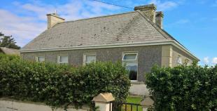 3 bedroom Cottage for sale in Carrigaholt, Clare