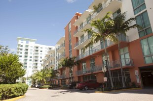 Apartment for sale in Florida, Broward County...