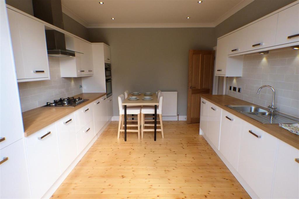 Dining Kitchen (3)