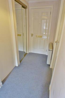 Entrance Hallway (1)