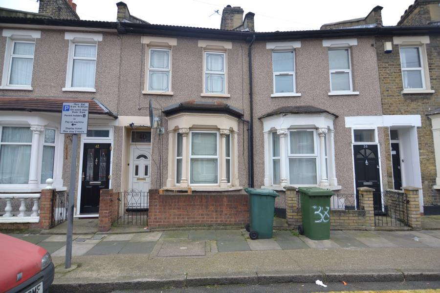 2 Bedroom House To Rent In Vernon Road Stratford E15 E15