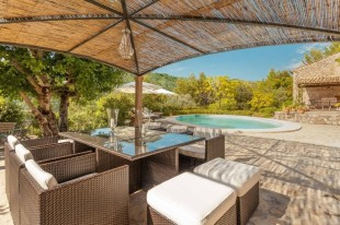 7 bedroom Country House in Balearic Islands...