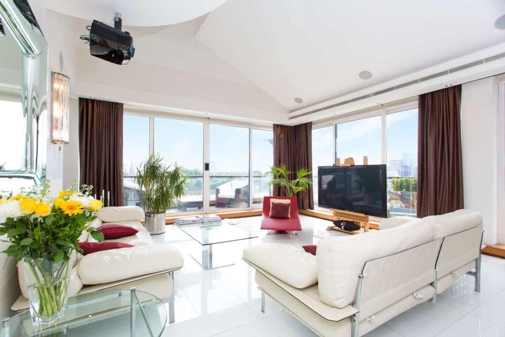 2 bedroom apartment for sale in thames quay chelsea for Chelsea apartments for sale
