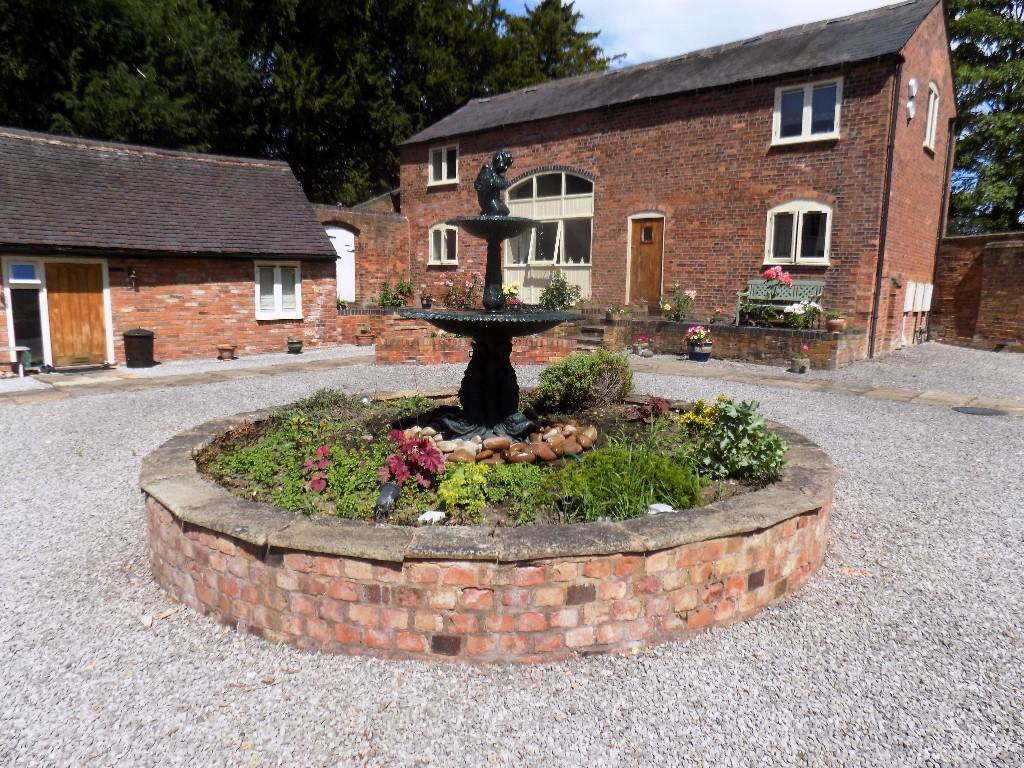 Property For Sale In Dosthill Tamworth