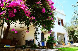 7 bedroom house in Tavronitis, Chania...