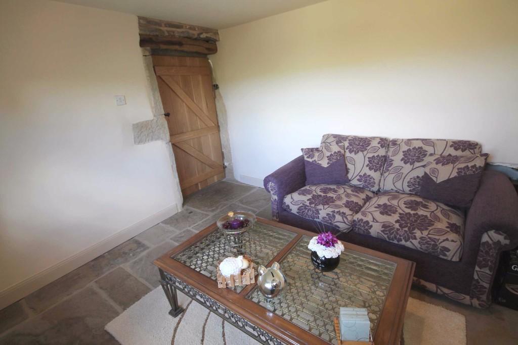 Bedroom/ Sittingroom