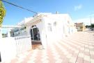2 bedroom Semi-Detached Bungalow for sale in Valencia, Alicante...