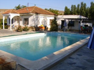 Chalet for sale in Andalusia, Granada...