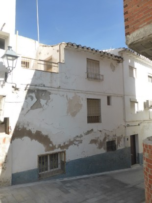 4 bed Town House in Andalusia, Granada, Baza