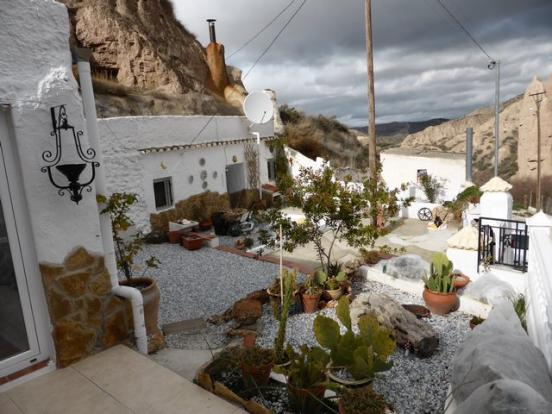 4 Bedroom Cave House For Sale In Andalusia Granada