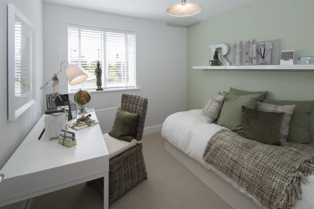 TWWL_HighfieldCourt_TheGloster_Bedroom4_Study