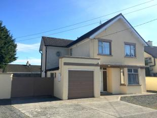 Detached home in The Mall, Templemore...