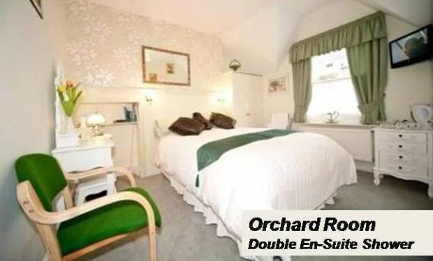 07 Orchard Room Doub