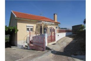 Bungalow in Coja, Beira Litoral