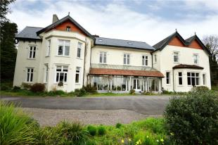 9 bedroom Detached property for sale in Glen Mervyn House...