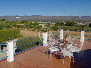 Villa for sale in Ontinyent, Valencia...
