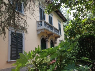 6 bed Villa for sale in Tuscany, Lucca, Lucca