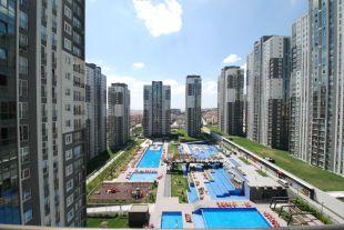 2 bedroom Apartment for sale in Istanbul, Beylikduzu