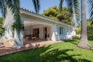 Bungalow for sale in Los Monteros...