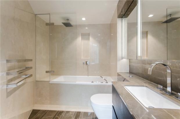 Se1: Bathroom
