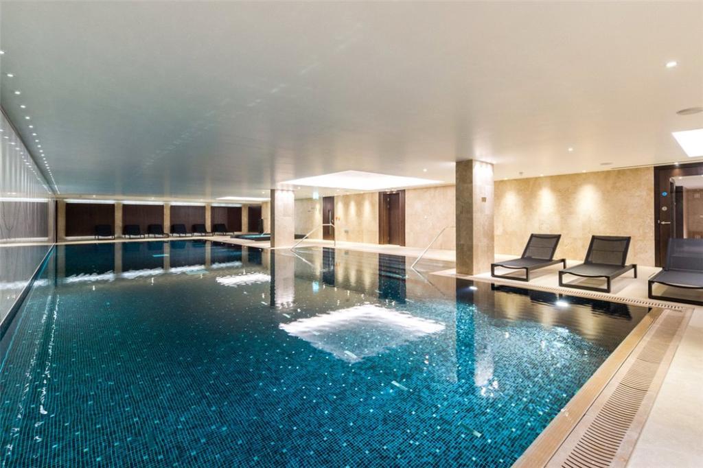 Se1:Swimming Pool