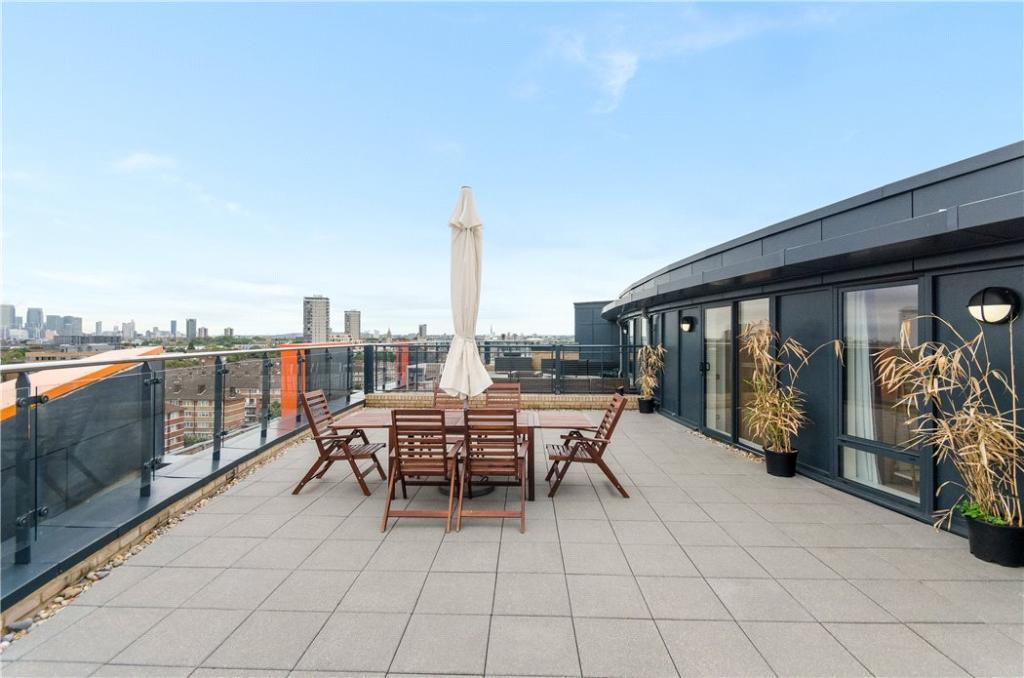 Se1: Roof Terrace