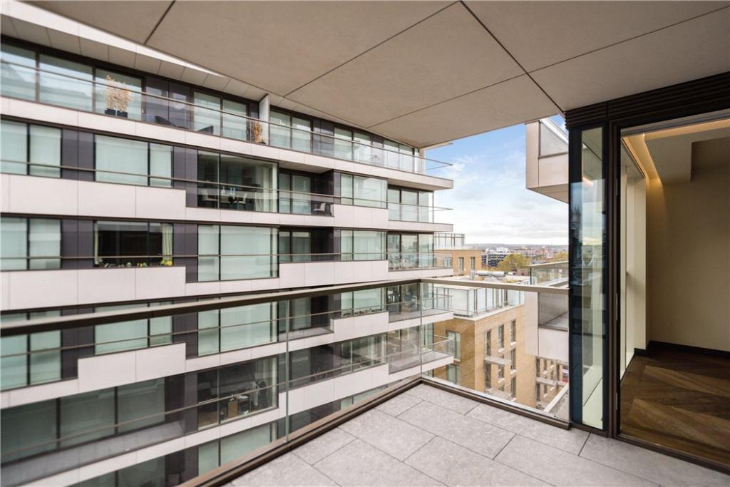 Se1: Balcony