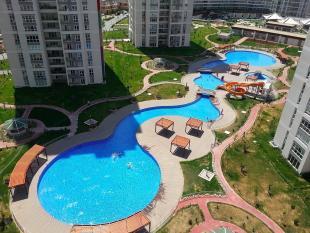 4 bed Apartment in Bahcesehir, Istanbul