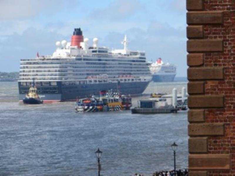 110 Colonnades Ships