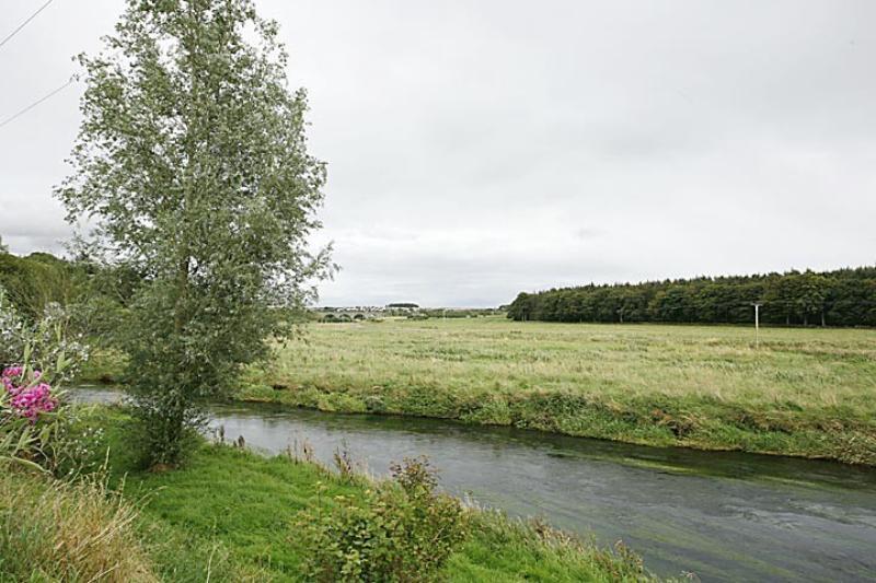 Esslemont Circle 61 Schedule river views