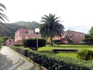 13 bedroom Villa for sale in Azores