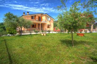 Villa for sale in Monte San Giovanni...