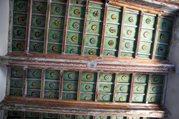 13 Salon Ceiling
