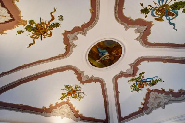 Salon ceiling fresco