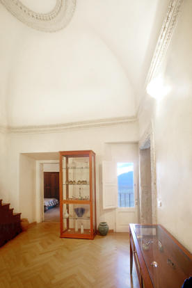 Entry room