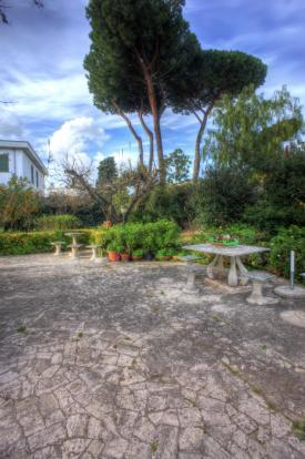 Garden furnishings