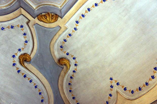 10. Ceiling Detail